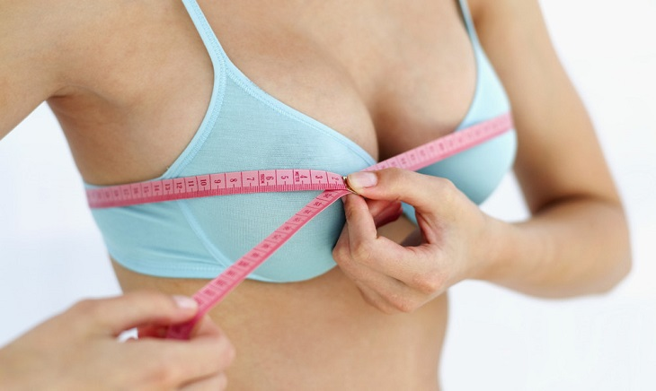 Implant mammaire datant