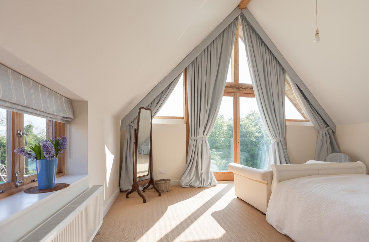 des conseils pour avoir un int rieur chaleureux dans votre petit nid. Black Bedroom Furniture Sets. Home Design Ideas