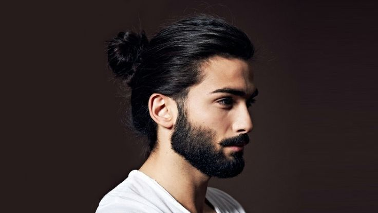 coiffure homme bun