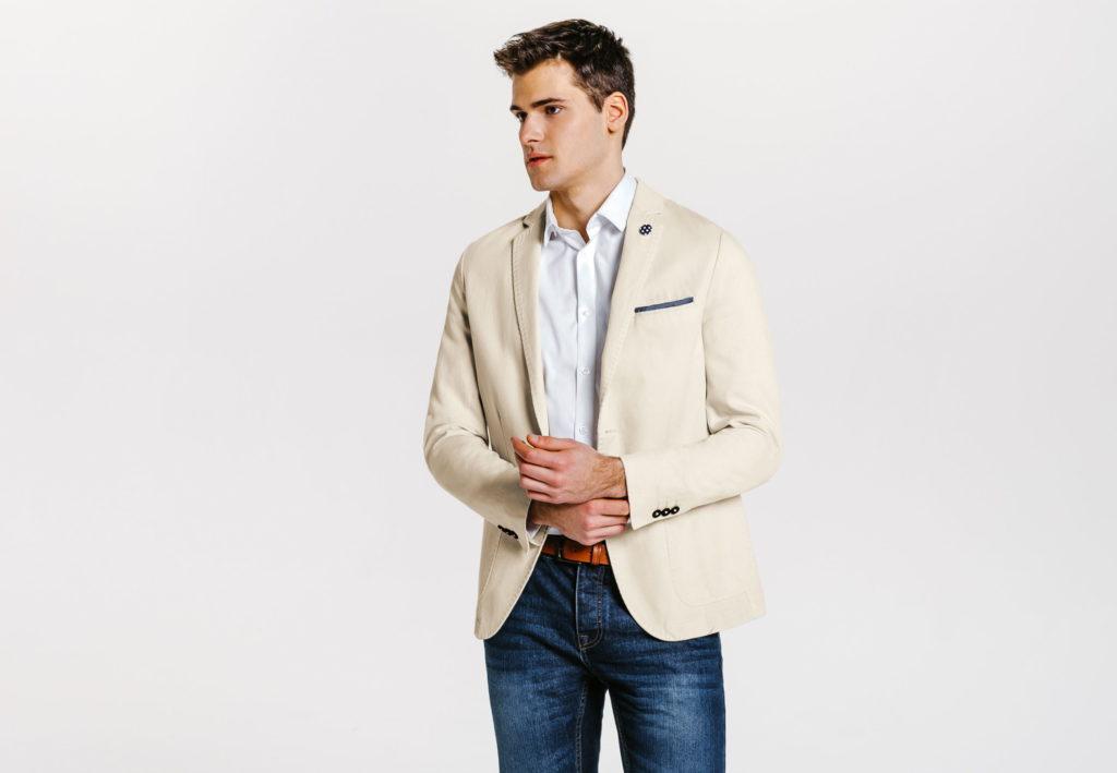 Mes conseils pour bien choisir une veste pour homme les - Comment porter une veste en jean homme ...