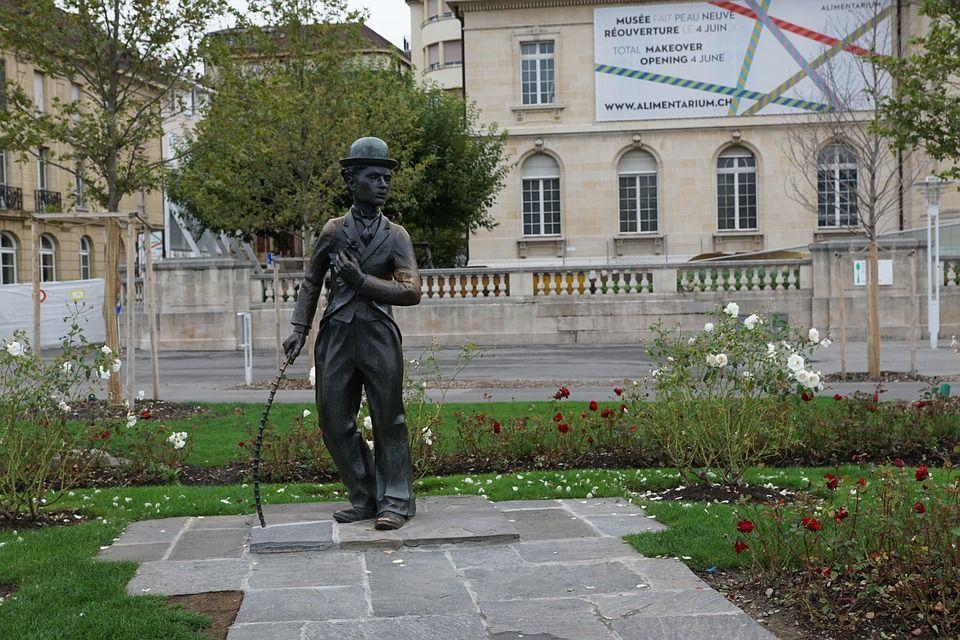 sculpture contemporaine jardin Pourquoi mettre une sculpture contemporaine dans son jardin ?